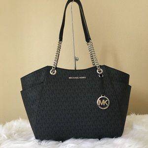 Michael Kors Large Jet set chain shoulder tote bag